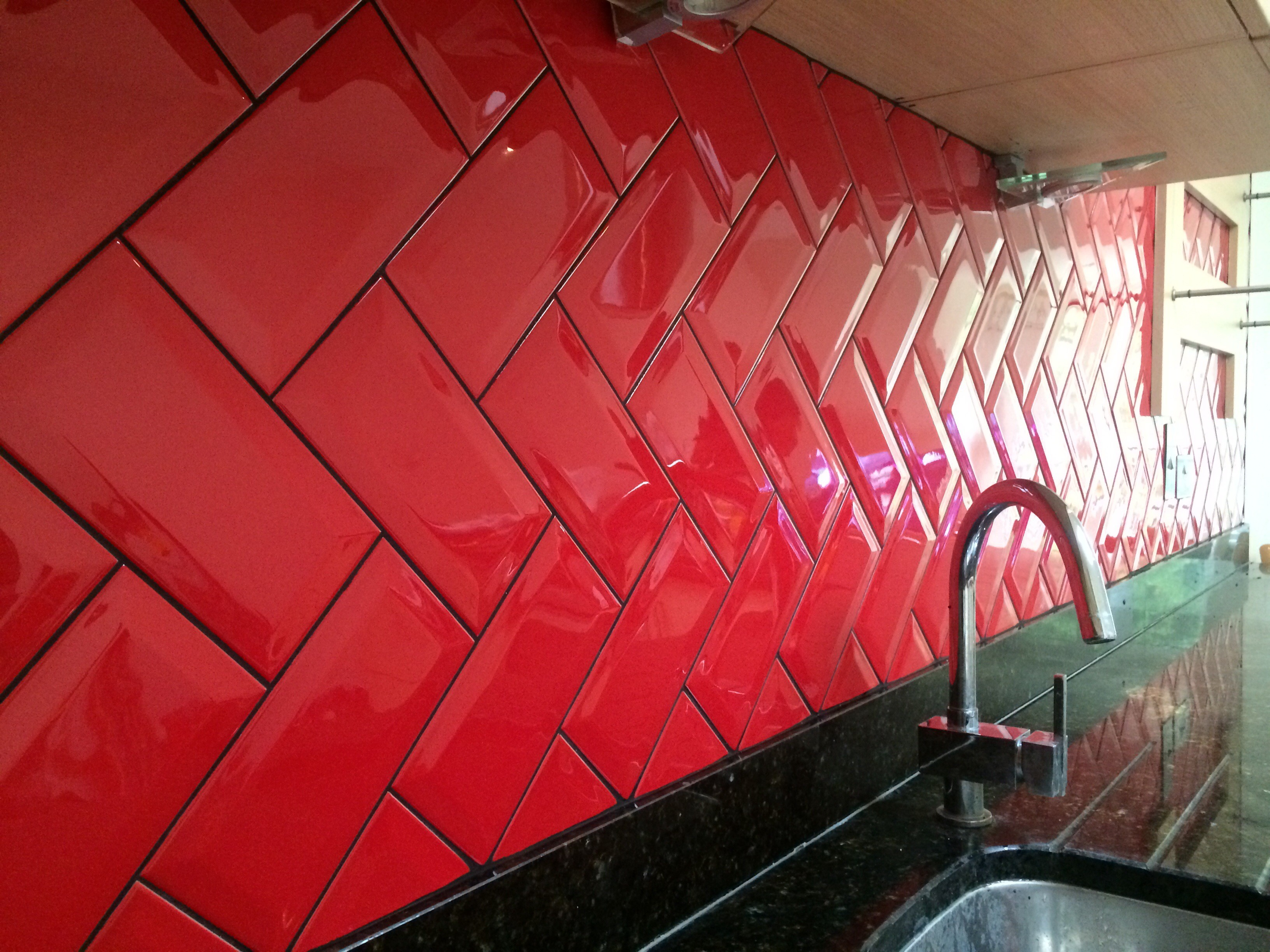 Bevelled Red Herringbone